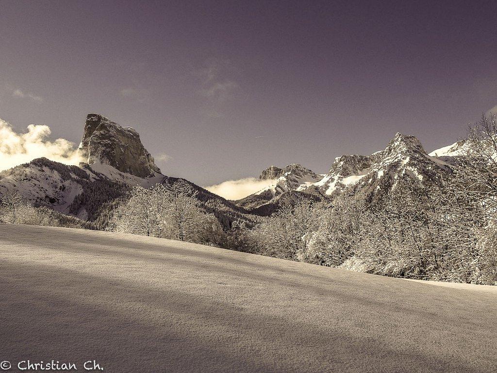 2014-mont-aiguille-fev.jpg